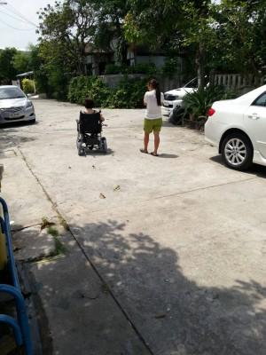elife รถเข็นไฟฟ้า ส่งรถให้ลูกค้า01